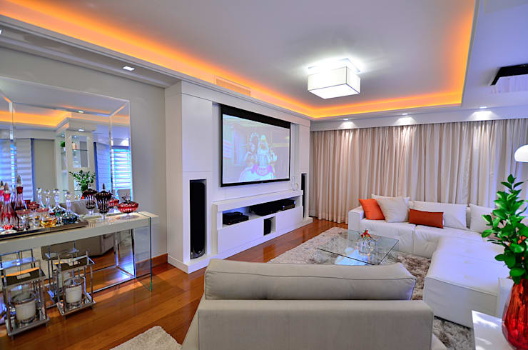 classic Media room by homify