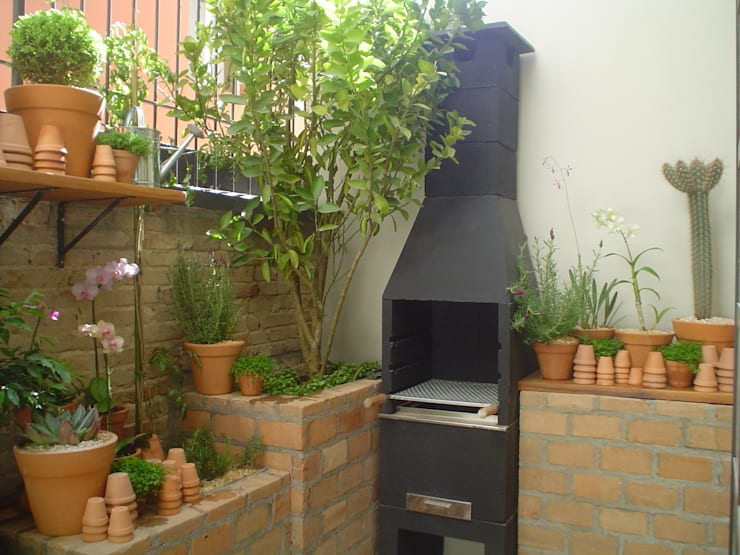 modern Garden by Línea Paisagismo.Claudia Muñoz