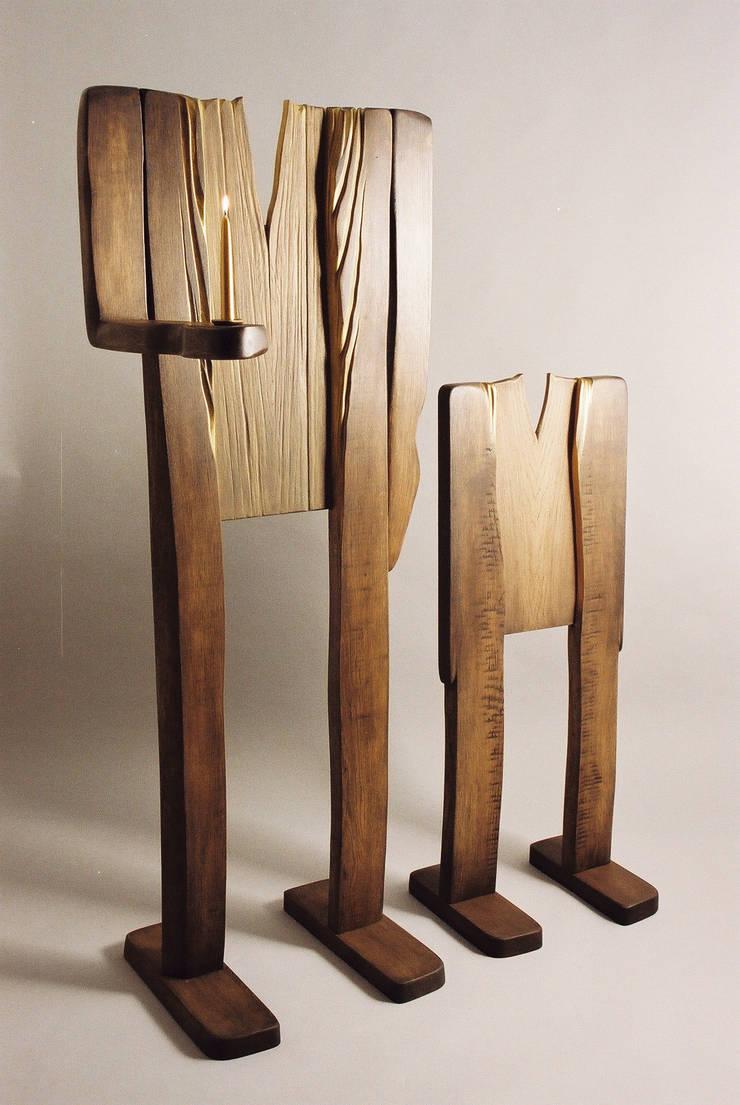 """Rzeżba / Świecznik """" Ludzie lasu """": styl , w kategorii Sztuka zaprojektowany przez Meble Autorskie Jurkowski"""
