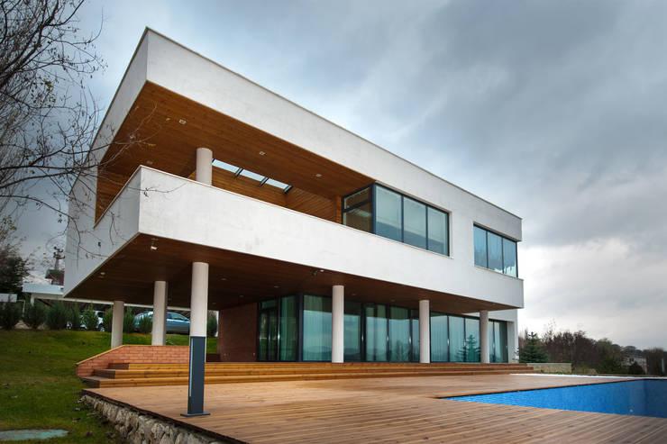 Colun house: Дома в . Автор – Didenkül+Partners, Минимализм