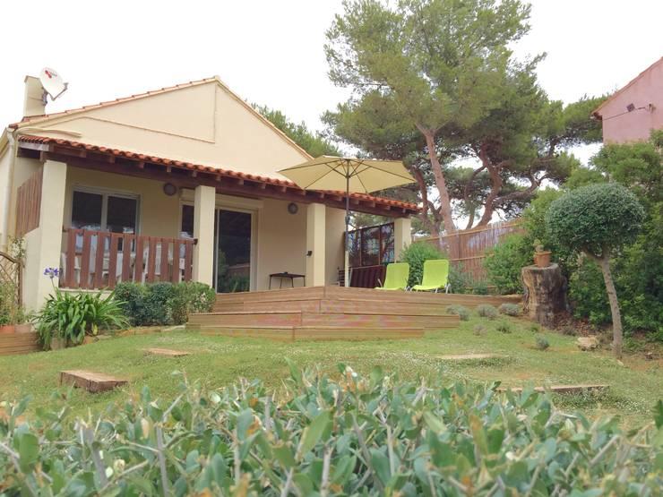 Extension de terrasse: Jardin de style  par In&Out Garden
