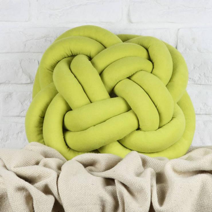 Kolorowe zapętlone – limonkowy kwadrat: styl , w kategorii Salon zaprojektowany przez Decoration Laboratory