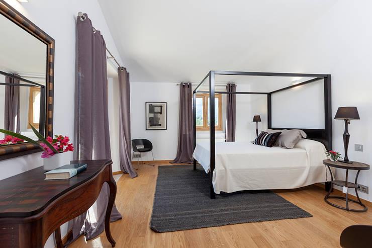 DORMITORIO: Dormitorios de estilo  de felip polar