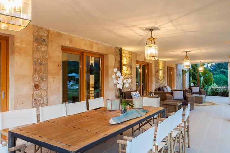 Balcones y terrazas de estilo mediterraneo por felip polar