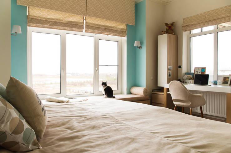 Дом в КП Онегин Парк: Спальни в . Автор – projectorstudio