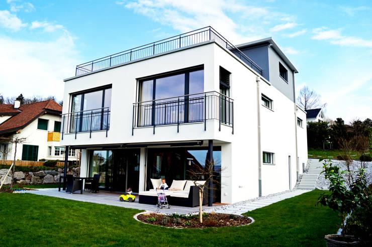 EFH Oberwil-Lieli:  Häuser von Füglistaller Architekten AG