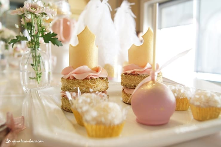 Detalhes dos doces: Sala de jantar  por Lima Limão-  Festas com charme