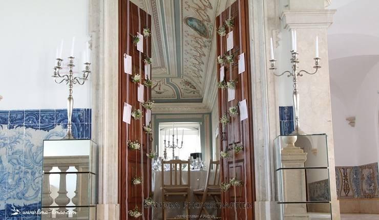 Detalhes da decoração do batizado da Princesa Sofia: Corredor, hall e escadas  por Lima Limão-  Festas com charme
