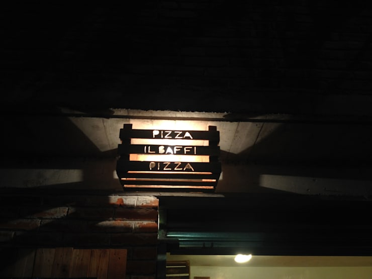 luminarias: Restaurantes de estilo  por Armatoste studio