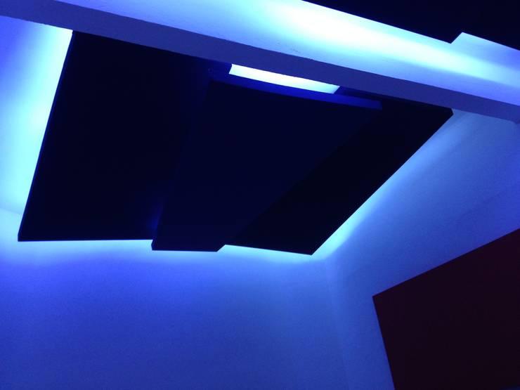 resonadores de techo Estudios y despachos modernos de Armatoste studio Moderno