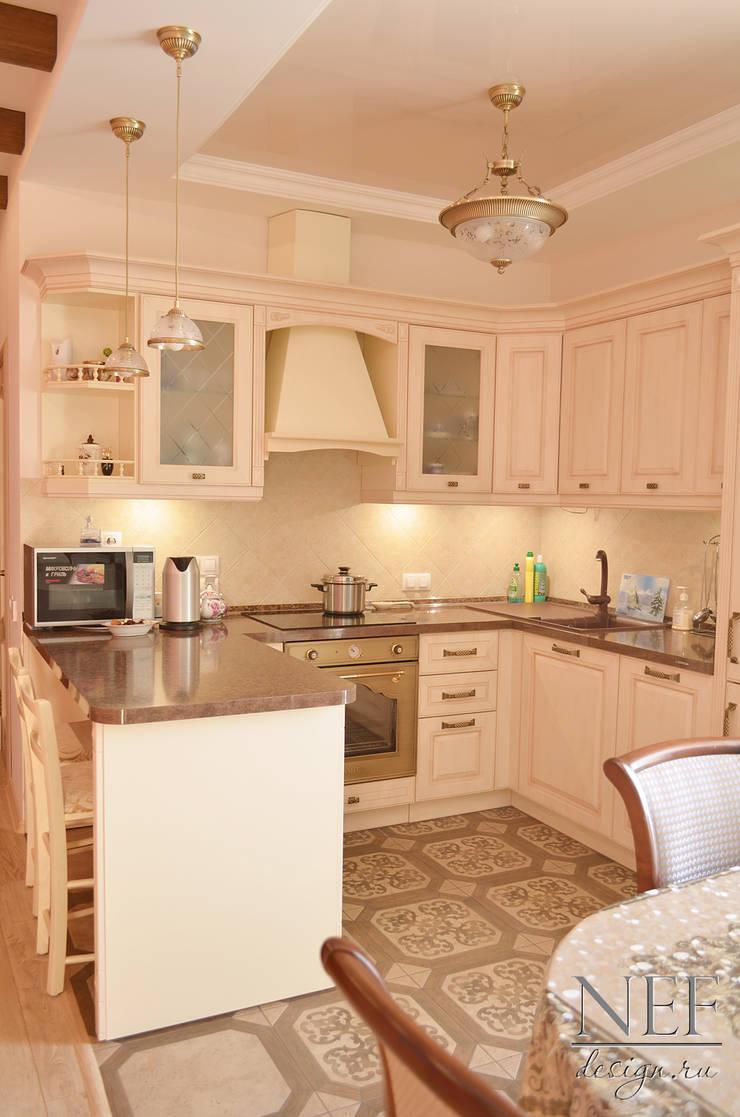 Квартира в классическом стиле с примесью кантри: Кухни в . Автор – Юлия Паршихина