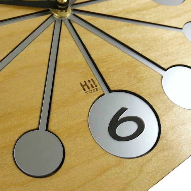 Wooden Atomica Clock: classic  by Hi! TIME, Classic