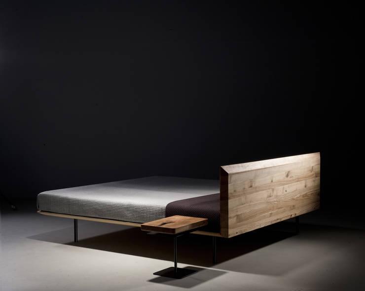 modern  by mazzivo , Modern Wood Wood effect