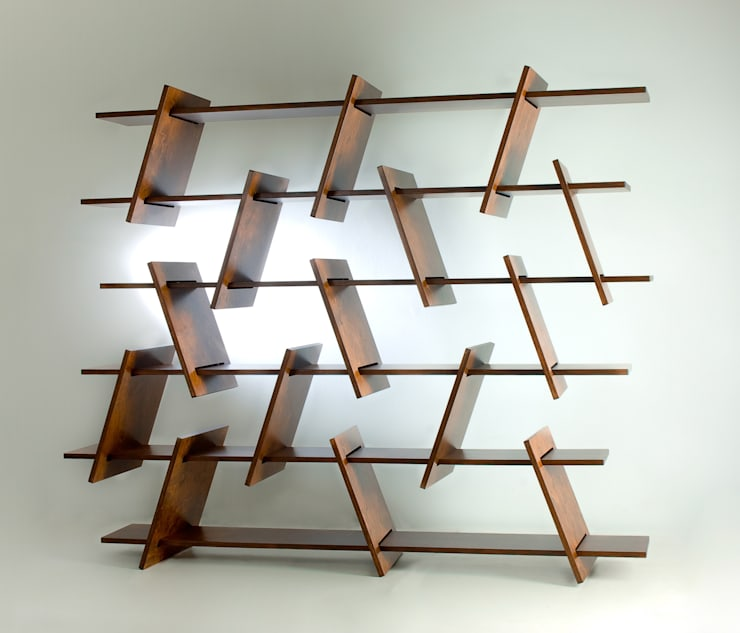 Italic Shelf: minimalistische Wohnzimmer von Ronen Kadushin