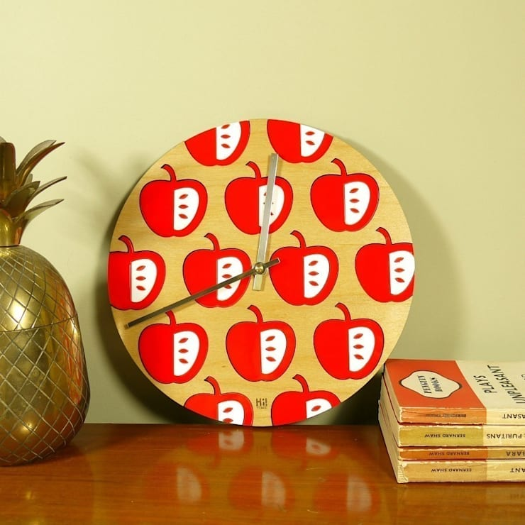Red Vilda Clock: scandinavian  by Hi! TIME, Scandinavian