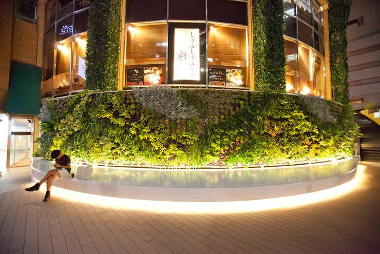 大阪マルビル: 株式会社 スタジオ ゲンクマガイが手掛けた商業空間です。