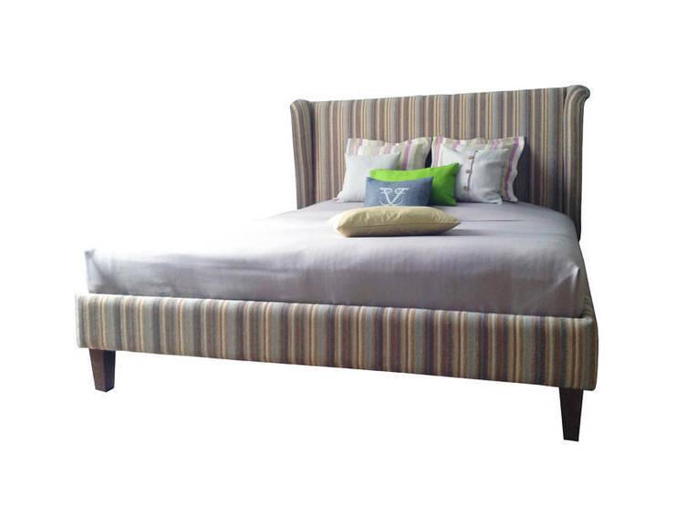 Кровать FORMA: Спальная комната  в . Автор – ROOMA Design & Furniture