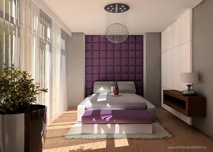 Nowoczesny apartament: styl , w kategorii Sypialnia zaprojektowany przez Interium Projekt