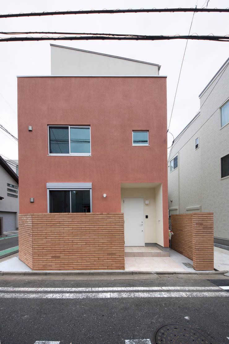 南面: uedA一級建築士事務所が手掛けた家です。