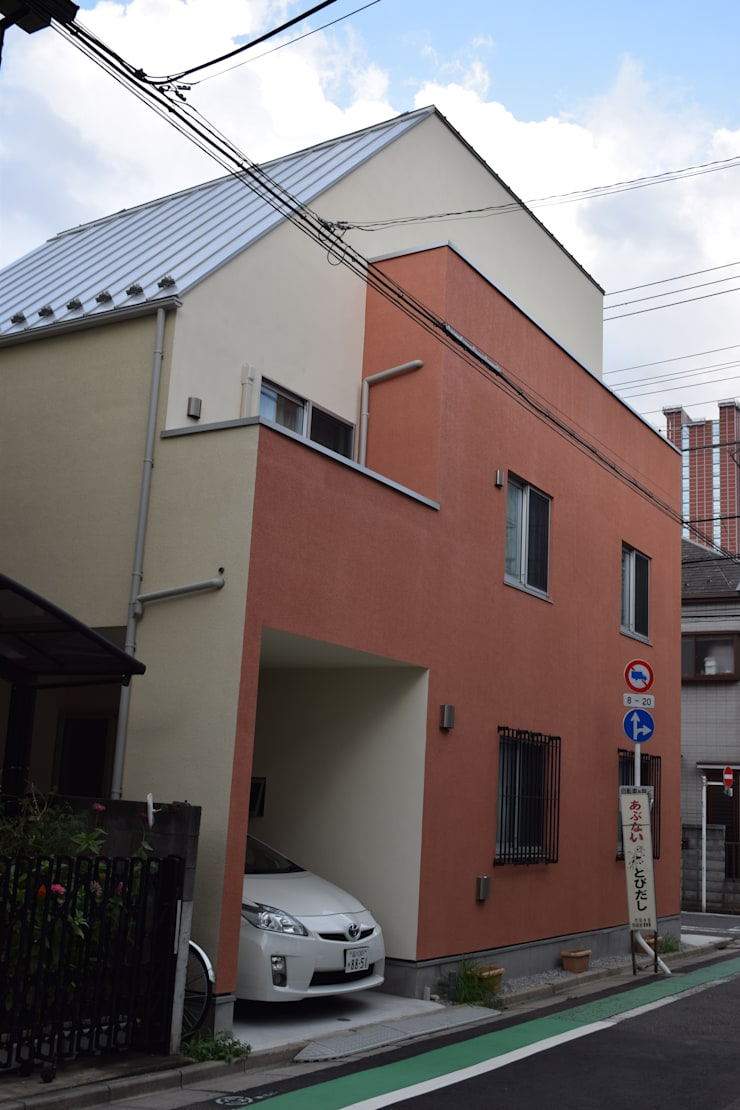 北西面: uedA一級建築士事務所が手掛けた家です。