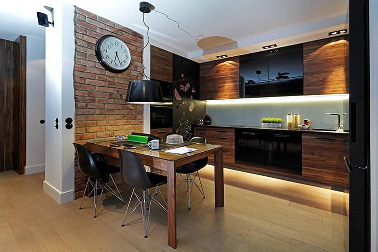 kuchnia: styl , w kategorii Kuchnia zaprojektowany przez RED design