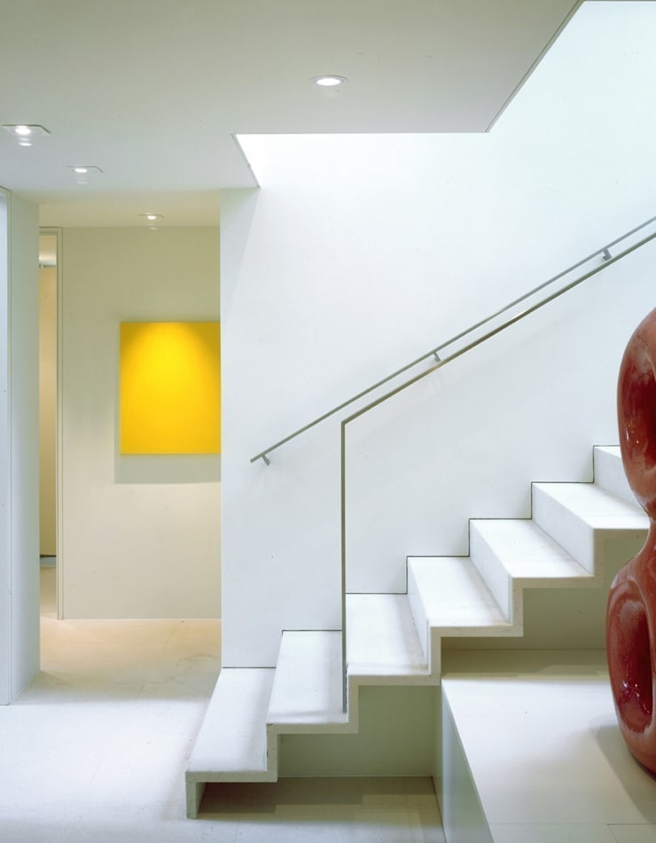The Picture House:  Corridor & hallway by reForm Architects, Modern