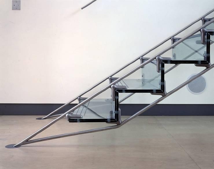 The Lowe Apartment: minimalist  by reForm Architects, Minimalist