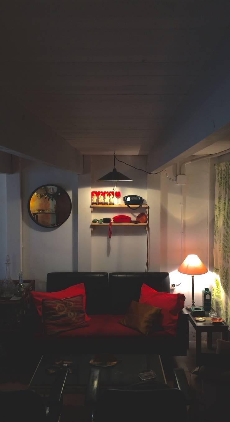 Salón: Hogar de estilo  de Meublé
