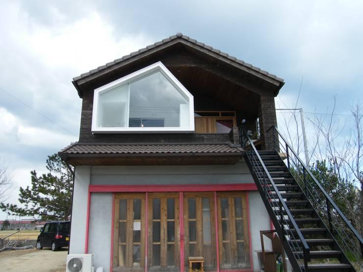 Atelier Tsuzuri: ADS一級建築士事務所が手掛けた家です。