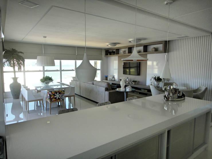 showkitchen Cozinhas modernas por Gabriela Herde Arquitetura & Design Moderno