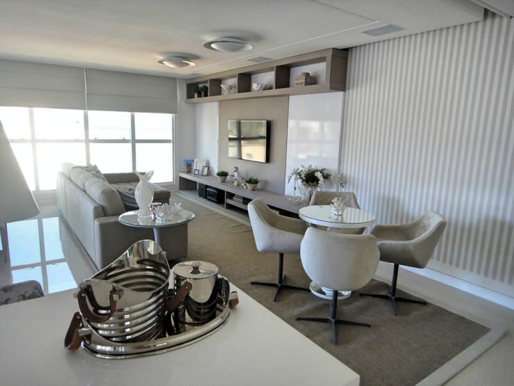 Living Salas de estar modernas por Gabriela Herde Arquitetura & Design Moderno
