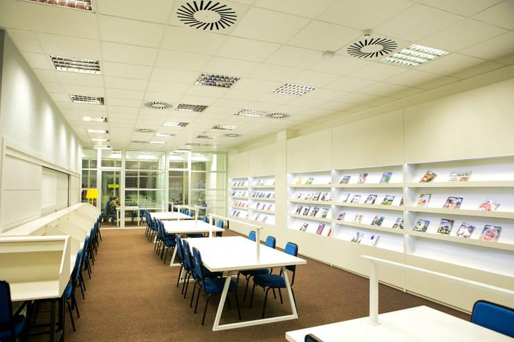 Centro Cultural Univates: Escolas  por Tartan Arquitetura e Urbanismo