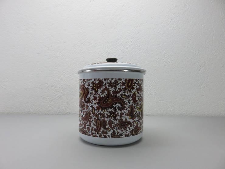 Olla esmaltada dibujos marrón: Cocina de estilo  de Foo El perro azul