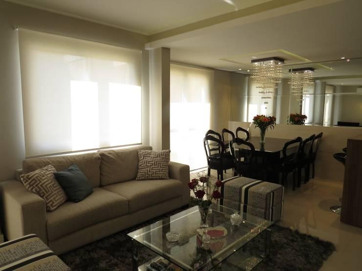 Estar e jantar: Salas de estar  por Paula Oliveira Szabo Arquitetura