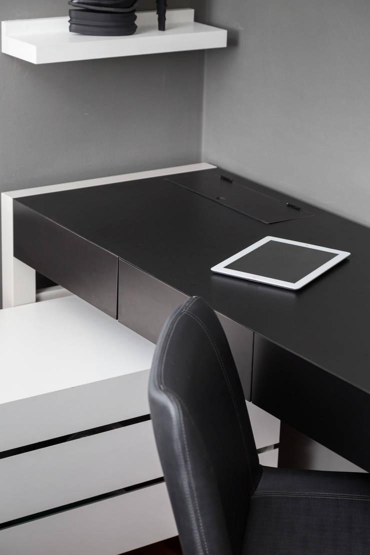 mob. NILO: Quartos  por Ateliê 7 arquitetura e design integrados