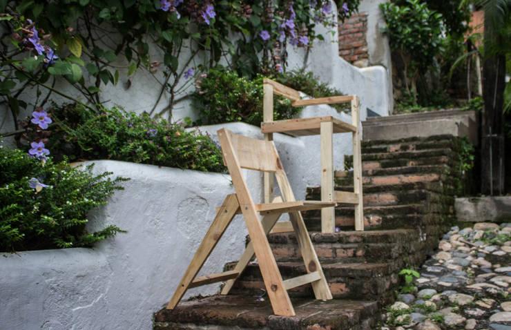 Colección Sillas IR -01: Hogar de estilo  por INTERIORISMORECICLADO