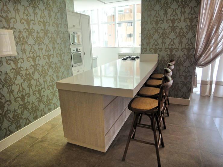 Salao de Festas: Salas de jantar  por Gabriela Herde Arquitetura & Design