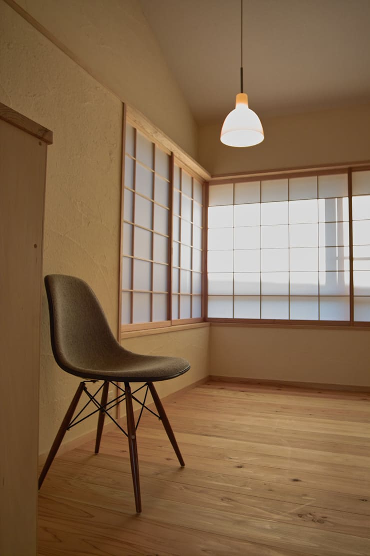 リビング4: 「有」ひなたの場所 建築設計事務所が手掛けたリビングです。,オリジナル