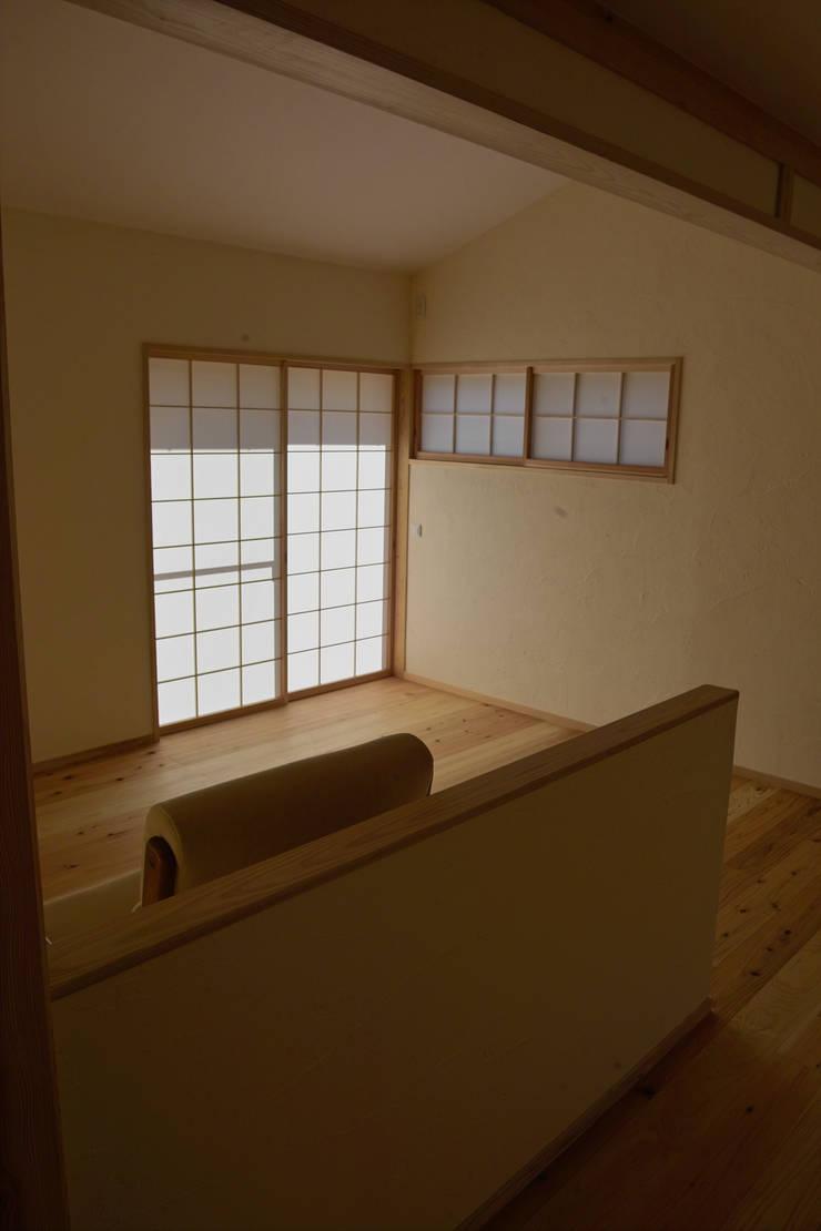 障子1: 「有」ひなたの場所 建築設計事務所が手掛けたリビングです。,オリジナル