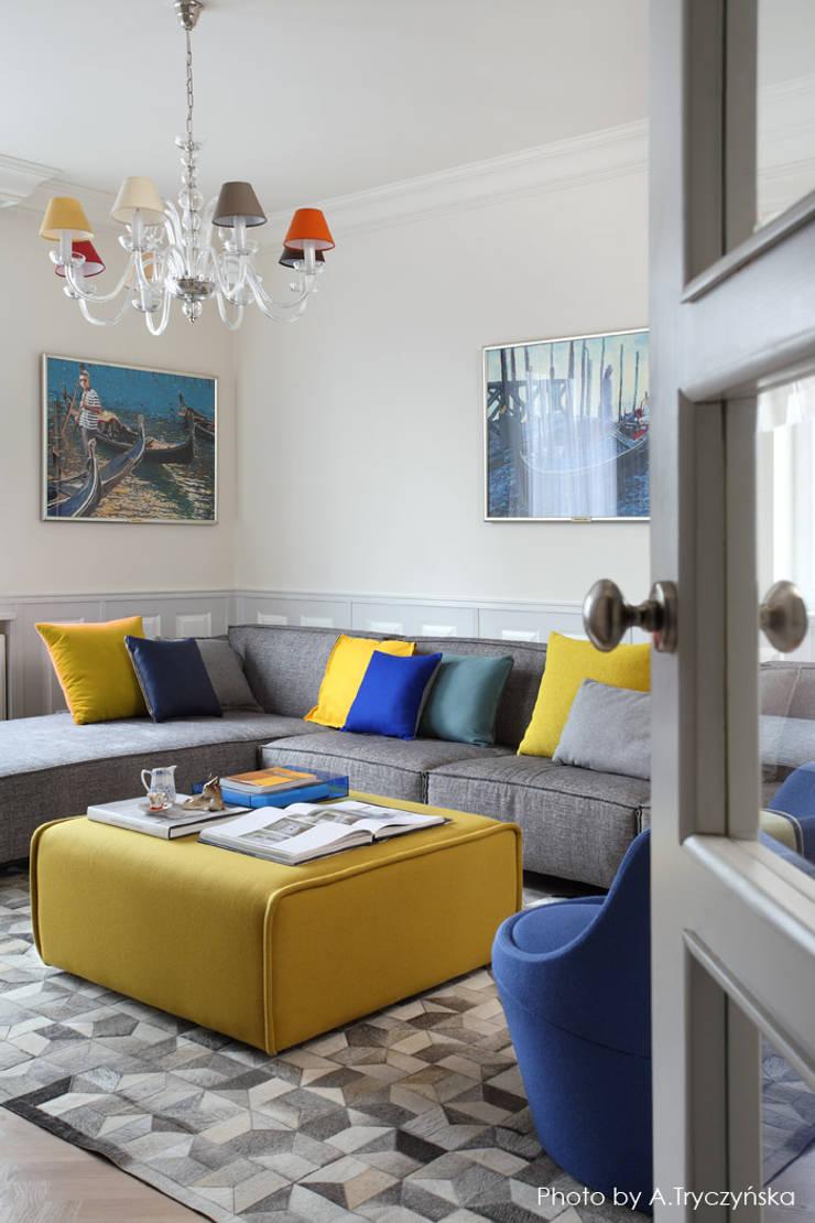 Ruang Keluarga Klasik Oleh MG Interior Studio Michał Głuszak Klasik