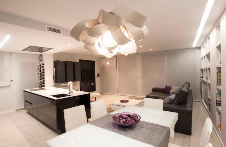 Interiorismo, C/ Maestro rodrigo. Valencia: Comedores de estilo moderno de Estatiba construcción