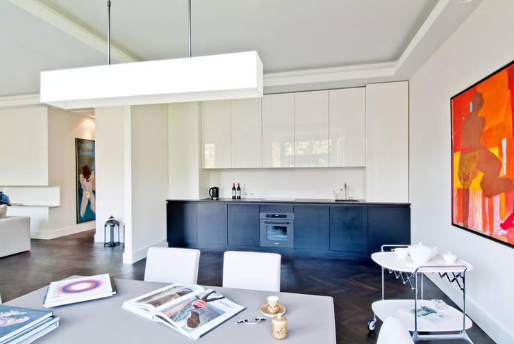 150 m, Śródmieście, Wwa: styl , w kategorii Kuchnia zaprojektowany przez dziurdziaprojekt