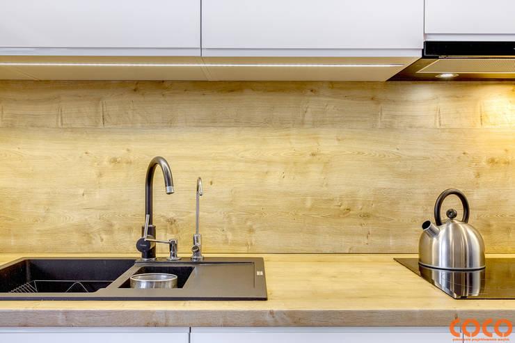 Kuchenna COCO metamorfoza: styl , w kategorii  zaprojektowany przez COCO Pracownia projektowania wnętrz