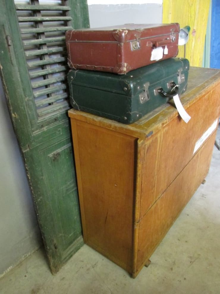 Oude schoolplaten kast:   door Were Home, Rustiek & Brocante