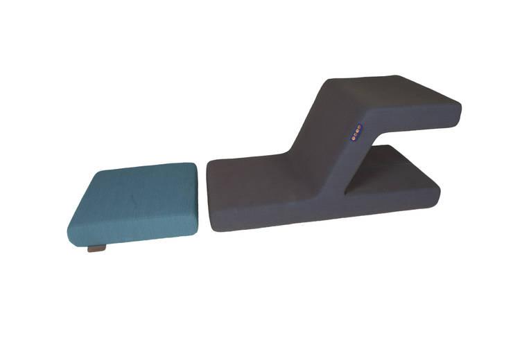 Lazy chair:  Woonkamer door MVOS