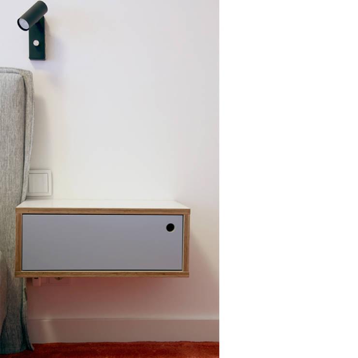 szafka nocna ze sklejki Intterno: styl , w kategorii Sypialnia zaprojektowany przez Intterno