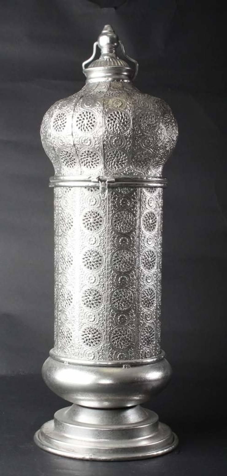 Farola de metal para vela: Hogar de estilo  de Goyart.com