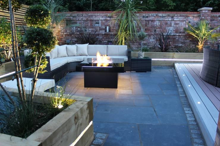 Madrid Gas Fire Table - Warrington:  Garden  by Rivelin