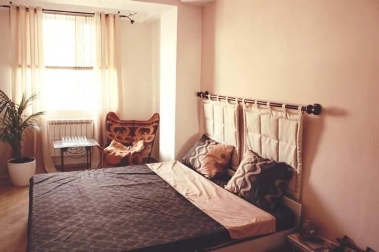 Изготовленное на заказ изголовье для кровати со съемными подголовниками: Спальная комната  в . Автор – L'Essenziale Home Designs