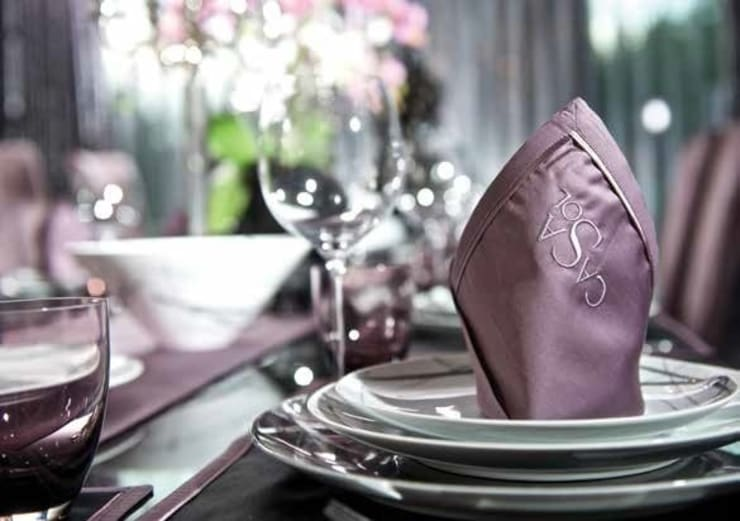 Bespoke Table Linen :  Dining room by Heirlooms Ltd, Modern